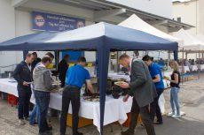 Mit frischen Spezialitäten vom Grill und Fass wurden die Gäste kulinarisch verwöhnt