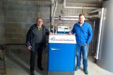 Michael Vogl (Juniorchef Schlossmetzgerei) und Hagen Hildebrand (Vertriebsbeauftragter Energiewerkstatt)